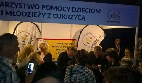 Koncert charytatywny Golec uOrkiestra na 17 Zjeździe Polskiego Towarzystwa Diabetologicznego w Kielcach na rzecz MOJACUKRZYCA.PL - Towarzystwa Pomocy Dzieciom i Młodzieży z Cukrzycą.
