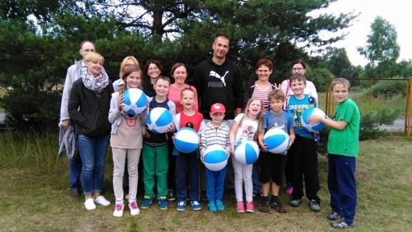 Grupa B rodziców z najmłodszymi dziećmi Turnus Edukacyjno-Rehabilitacyjny w Dźwirzynie