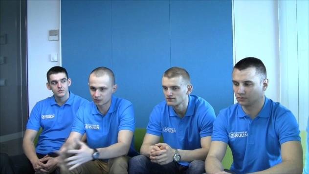 Studenci z Wojskowej Akademii Technicznej - zespół Science Sergeants